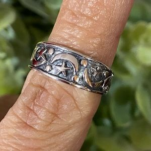 🌙 Moon and Star Sterling Silver Ring